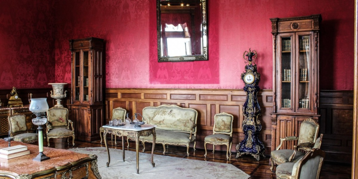 7 Tips on Moving Antiques from Your Trusted Movers in Dubai